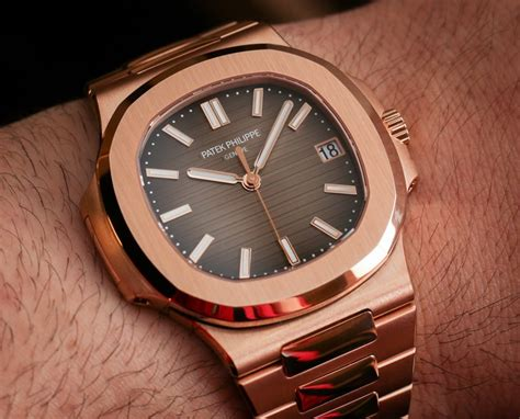 Patek Philippe Nautilus 5711/1R Watch In All Rose Gold Hands On   aBlogtoWatch
