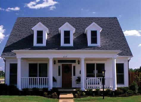 port gibson acadian home plan 024d 0028 house plans and more 南部風住宅の間取り のおすすめアイデア 25 件以上 pinterest 牧場の家の見取り図 農家設計図