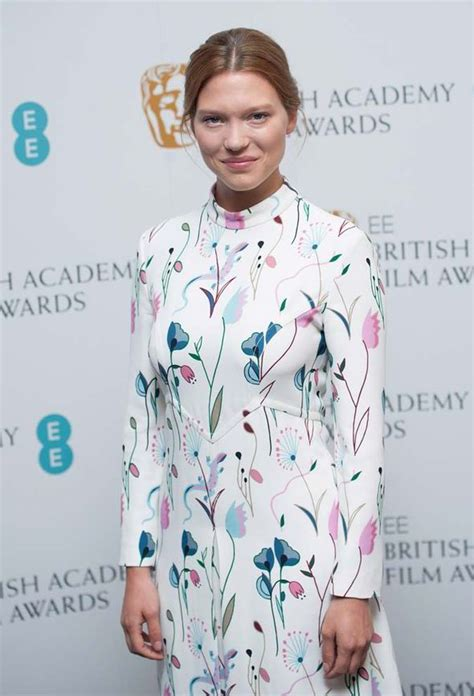 lea seydoux real height l 233 a seydoux will star as the new bond girl in latest james