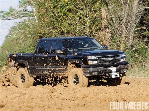 mudding truck chevy truck mudding wallpapers pixshark com images