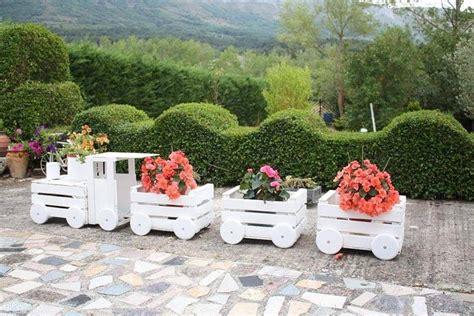 imagenes de jardines con reciclado imagenes con ideas para decorar el jard 237 n con cosas recicladas