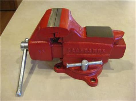 craftsman bench vice craftsman bench vise vintage u s a made 506 51801 red