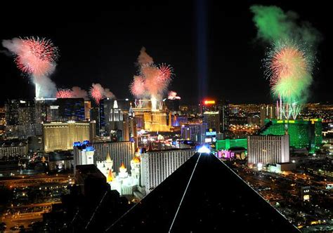 new years las vegas concerts las vegas hosts calendar of special events in december