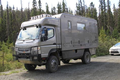 mitsubishi fuso 4x4 expedition vehicle mitsubishi fuso fg 4x4 cer van truck car rv trailer