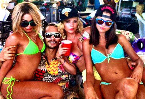 movie download sites: spring breakers movie
