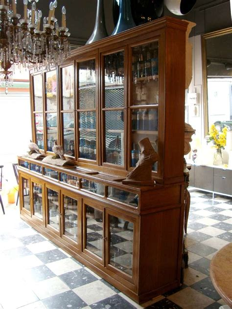 Kitchen Islands Uk paire de meubles vitrines de pharmacie d 233 poque 1880 1900