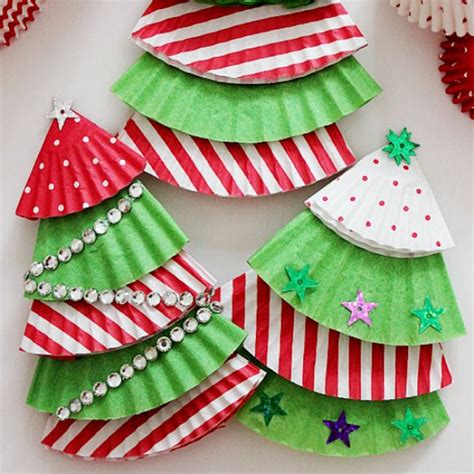 photo 4 11 cupcake liner christmas trees