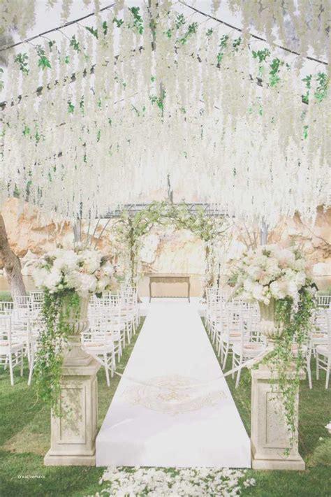 Elegant Outdoor Winter Wedding Ceremony Ideas   Creative