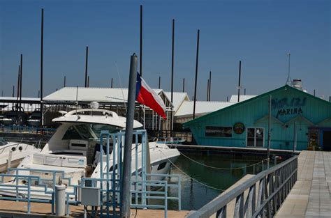 party boat rentals at joe pool lake lake lewisville the online guide to lake lewisville