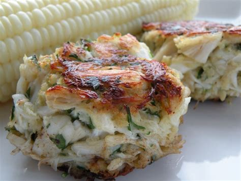 easy crab cake recipe 15 delicious super bowl appetizers and dips the girl