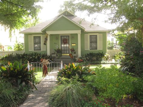 Beautiful Bungalows | the other houston more beautiful bungalow paint colors