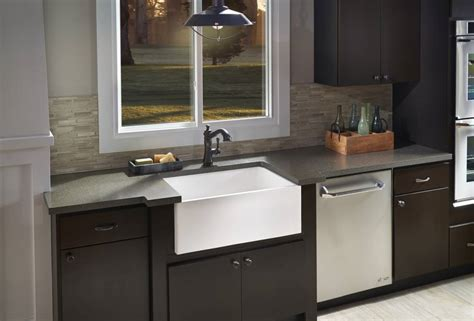 corian 690 farm sink kitchen dupont corian 174 solid surfaces corian 174