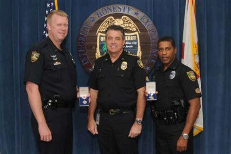 Jacksonville Sheriff S Office Jacksonville Fl by Jacksonville Helicopter Cops Win Awards For Risky Water