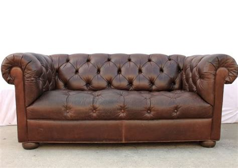 ethan allen chesterfield sofa vintage 72 quot ethan allen tobacco brown leather