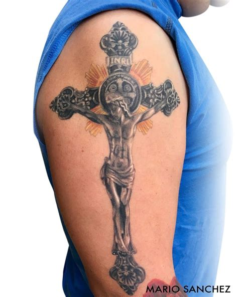 jesus on the cross tattoo images 17 best ideas about jesus on cross on