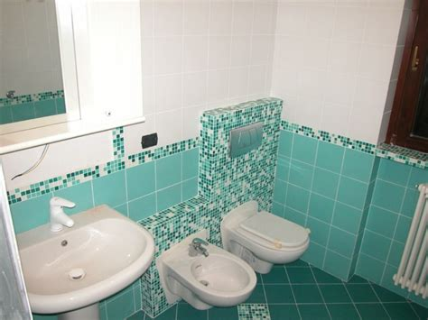 piastrelle bagno mosaico foto bagno in mosaico de g s impianti elettrici 304504