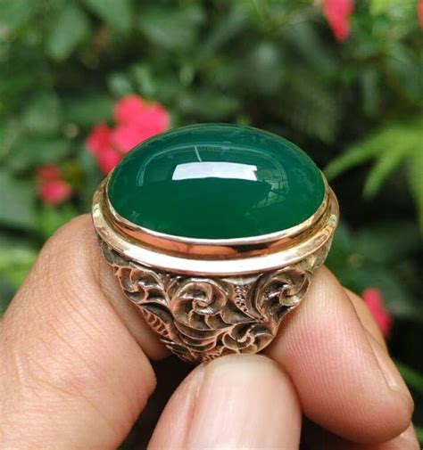 Batu Pancawarna Pesona Raja At pesona batu hijau garut luarbiasa bandung lapak batu