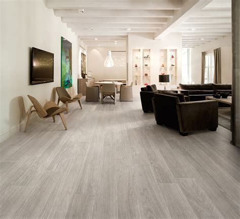 Porcelain stoneware flooring with wood effect HEJMO By