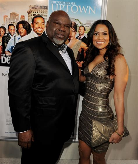 Wedding Song Jump by Tracey Edmonds And T D Jakes Photos Photos Premiere Of