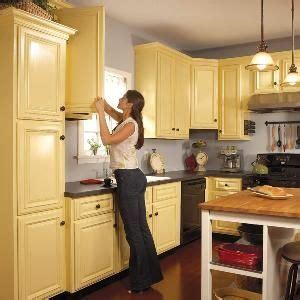 kitchen cabinet sprayers how to spray paint kitchen cabinets just 2 coats 1