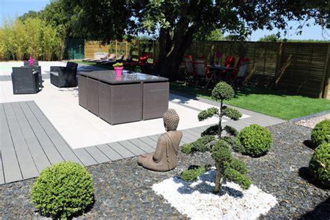Amenagement Exterieur Jardin Moderne by Amenagement Jardin Exterieur Patio Accueil Design Et
