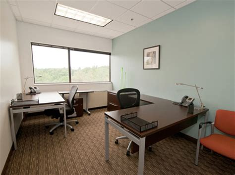 150 sq ft room 400 square foot office space for lease 150 monument road