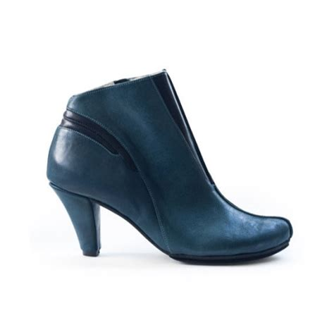 Etsy Handmade Shoes - handmade boots and shoes by lieblingshoes on etsy