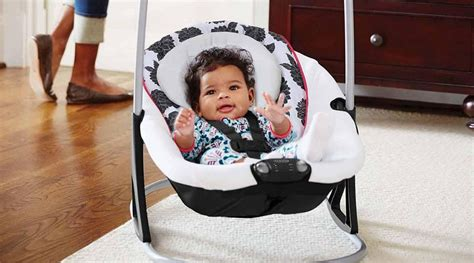 best swing for fussy baby the top 3 best baby swings for lull and entertaining