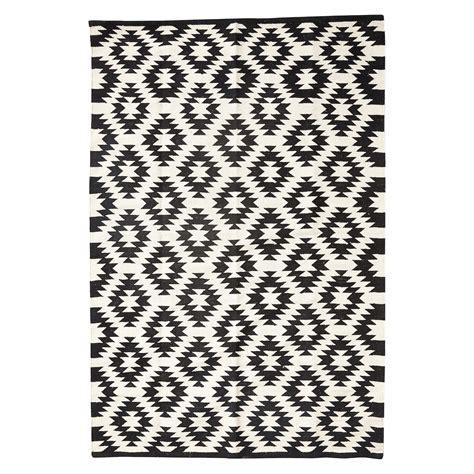 teppich weiß rosa teppich muster affordable schone teppich im einrichten