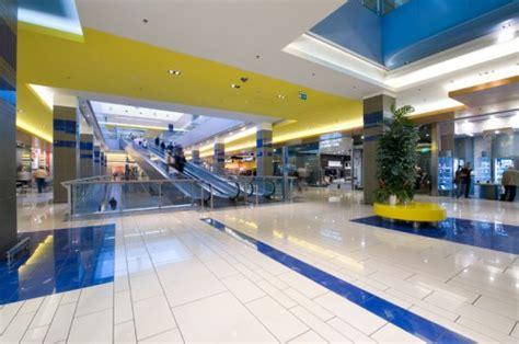 centro commerciale la bufalotta porta di roma centro commerciale a roma e la domenica 232 salva negozi