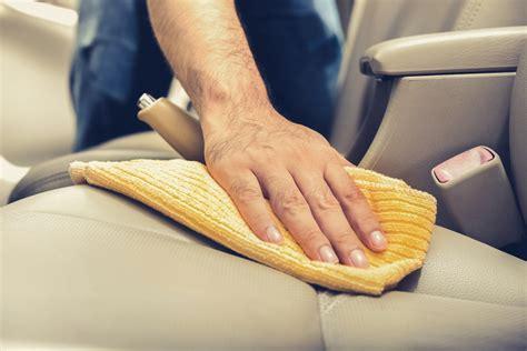 nettoyer si鑒e en cuir voiture ম comment bien nettoyer la sellerie de votre voiture