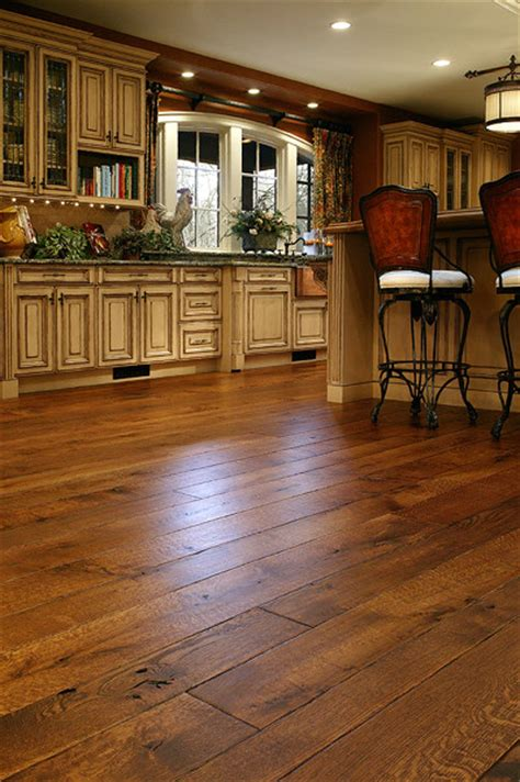 Floor Traditional white oak floors live sawn traditional hardwood