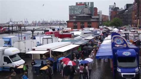 wann ist der fischmarkt in hamburg fischmarkt hamburg ber 252 hmter wochenmarkt am hafen
