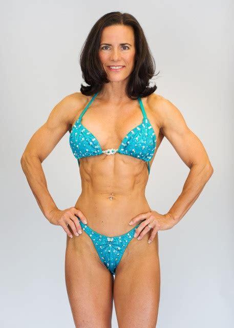 over 60 in shape women woman 50 years old pesquisa google body pinterest