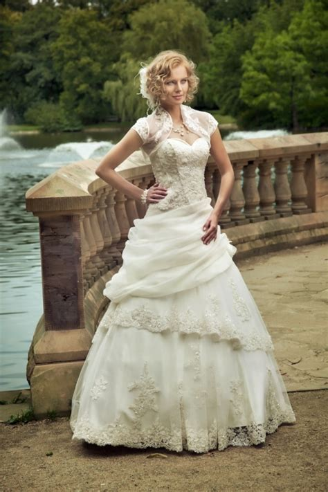 Themed Wedding Dresses by Wedding Dresses Themed Dresses
