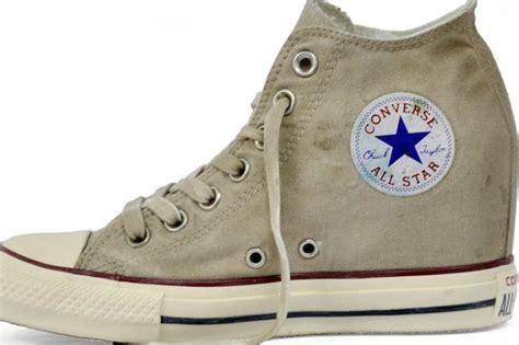scarpe con zeppa interna marant come calzano sneakers con zeppa interna converse