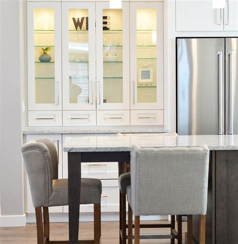 From Traditional To Modern Take Modern Or Traditional Kitchen How Do You Choose The