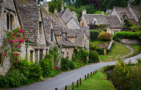 Gloucestershire Cottages by Gloucestershire Parish Records Go Who Do You Think You Are Magazine