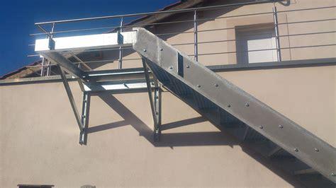 Escalier En Caillebotis Metallique