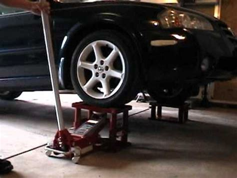 My Lift Stand - Great idea for lifting a car - YouTube Hydraulic Car Bottle Jack