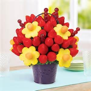Edible arrangements 174 fruit baskets blooming daisies 174