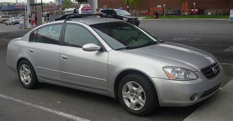 how things work cars 2002 nissan altima user handbook file 2002 04 nissan altima taxi jpg wikimedia commons