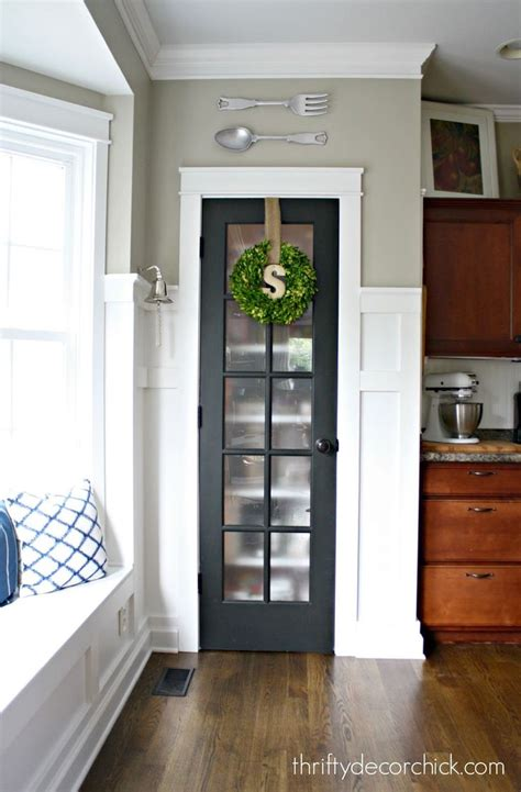 kitchen closet doors best 25 small pantry closet ideas on