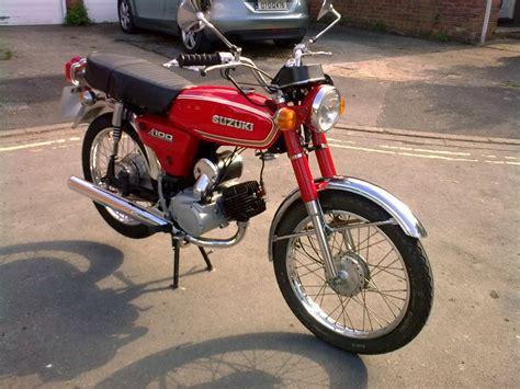 suzuki  classic bike gallery classic motorbikes