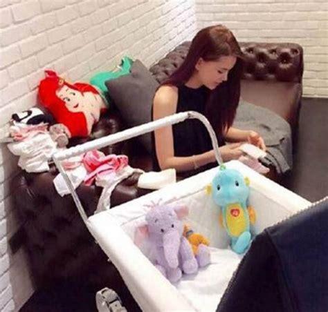 Kereta Bayi Silver Cross wah anak chou gunakan kereta bayi yang sama seperti pangeran charles kabar berita