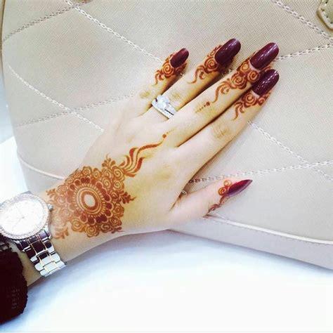 gold snowflakes pretty hands pretty feet pinterest 468 best images about mehndi henna الحناء on pinterest