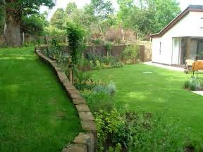 peter donegan landscaping 8 different back gardens