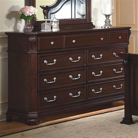 classic emilie    drawer dresser
