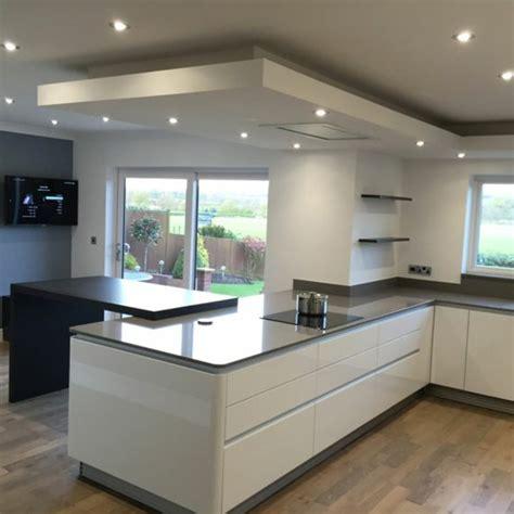 decorar cocinas grandes 1001 ideas de decorar vuestra cocina blanca y gris
