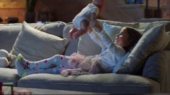 lysol disinfectant spray wipes tv commercial    tissue ispottv